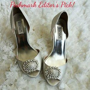 🎊Editor's Pick!!🎉 Badgley Mischka bridal heels